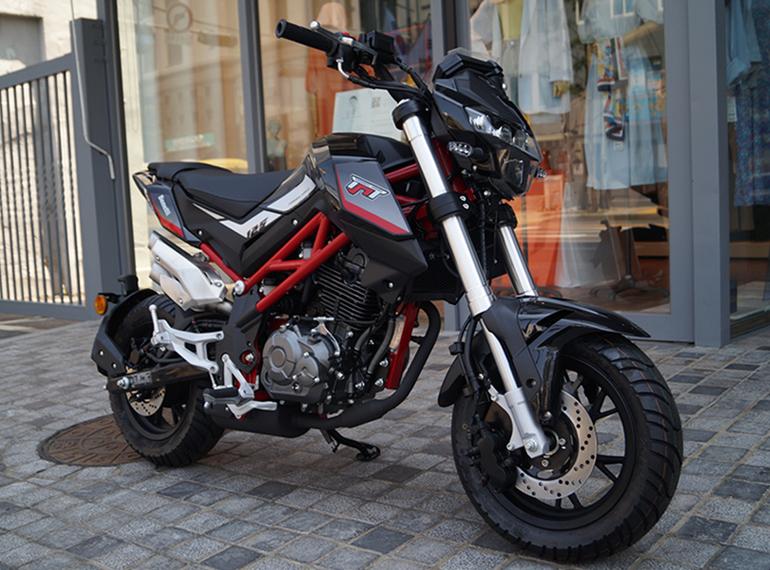 http://bikesale.co.kr/youngcart4/data/file/newbike/1889201012_EhuD3dYp_front.jpg